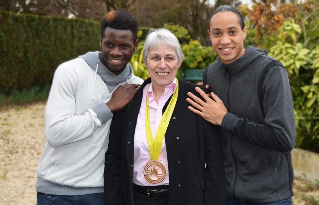 Anne Tournier-Lasserve avec de Pascal Martinot-Lagarde et Toumany Coulibaly